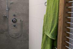 Traumsicht-Faschinajoch-Badezimmer-Dusche-scaled