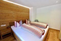 Traumsicht-Faschinajoch-Schlafzimmer-scaled