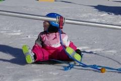 Kinder Schneekarrussell